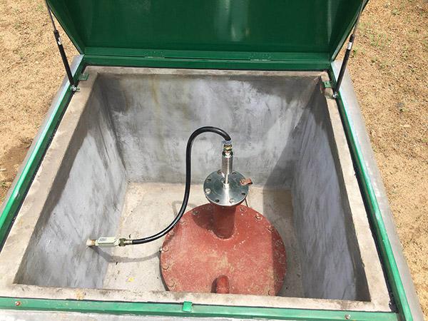 加油站液位仪现场安装